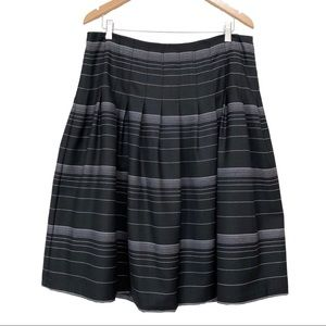 Jones New York Pleated A Line Skirt Wool Striped